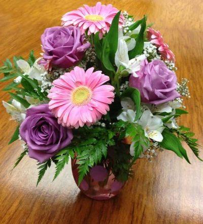 gerbera and rose bouquet pink in vase-flowers bouquets online order florist flower shop-gerbera-rose-bouquet-purple-pink