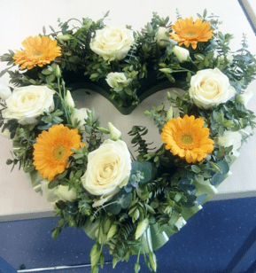 white rose and gerbera open heart funeral wreath online funeral wreath - funeral flowers online_flowers online_little flower shop_florist_funeral delivery TFS-min
