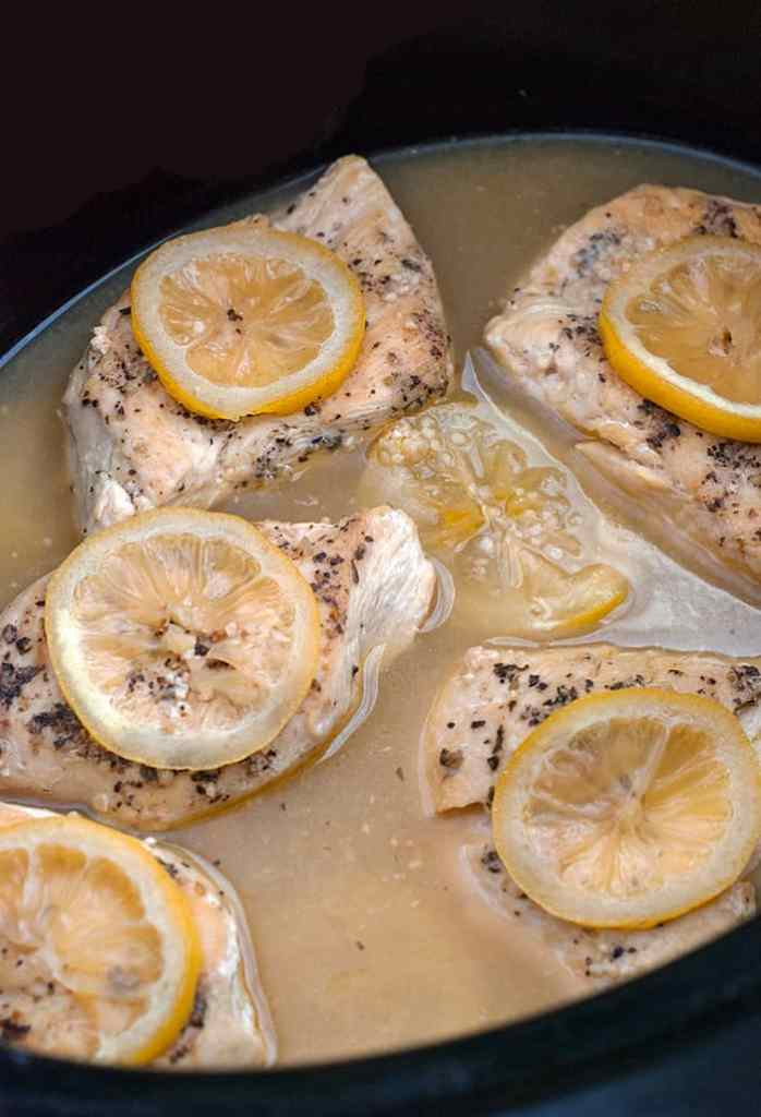 Slow Cooker Lemon Garlic Chicken - This dish is bright, flavorful, and healthy, too! (Low Carb and Gluten-Free)