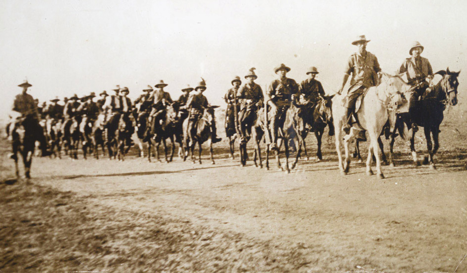 BELOW The East African Mounted Rifles, part of Smuts' army in 1916, on campaign in East Africa. The guerrilla leader was now waging a counter-insurgency war on behalf of his former enemy.