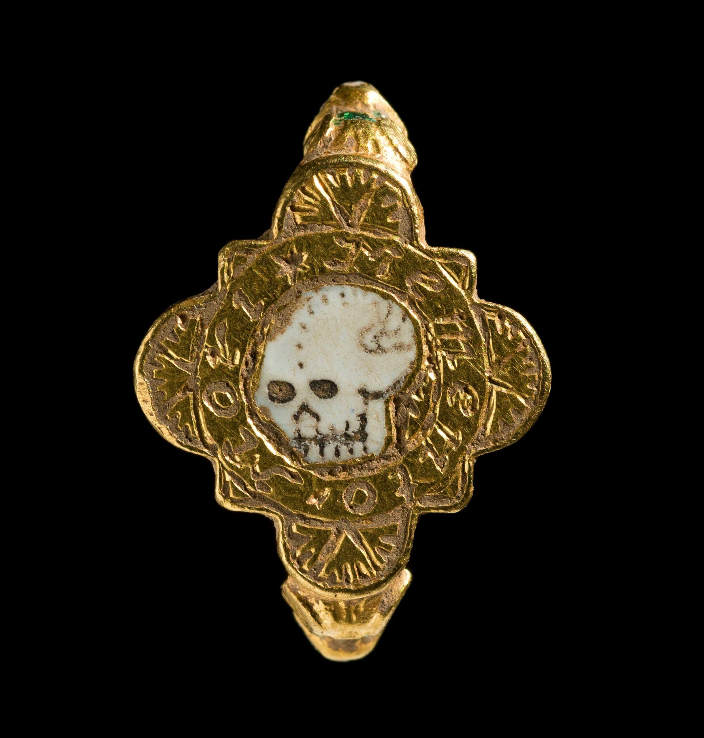 'Memento mori' among Welsh finds declared treasure