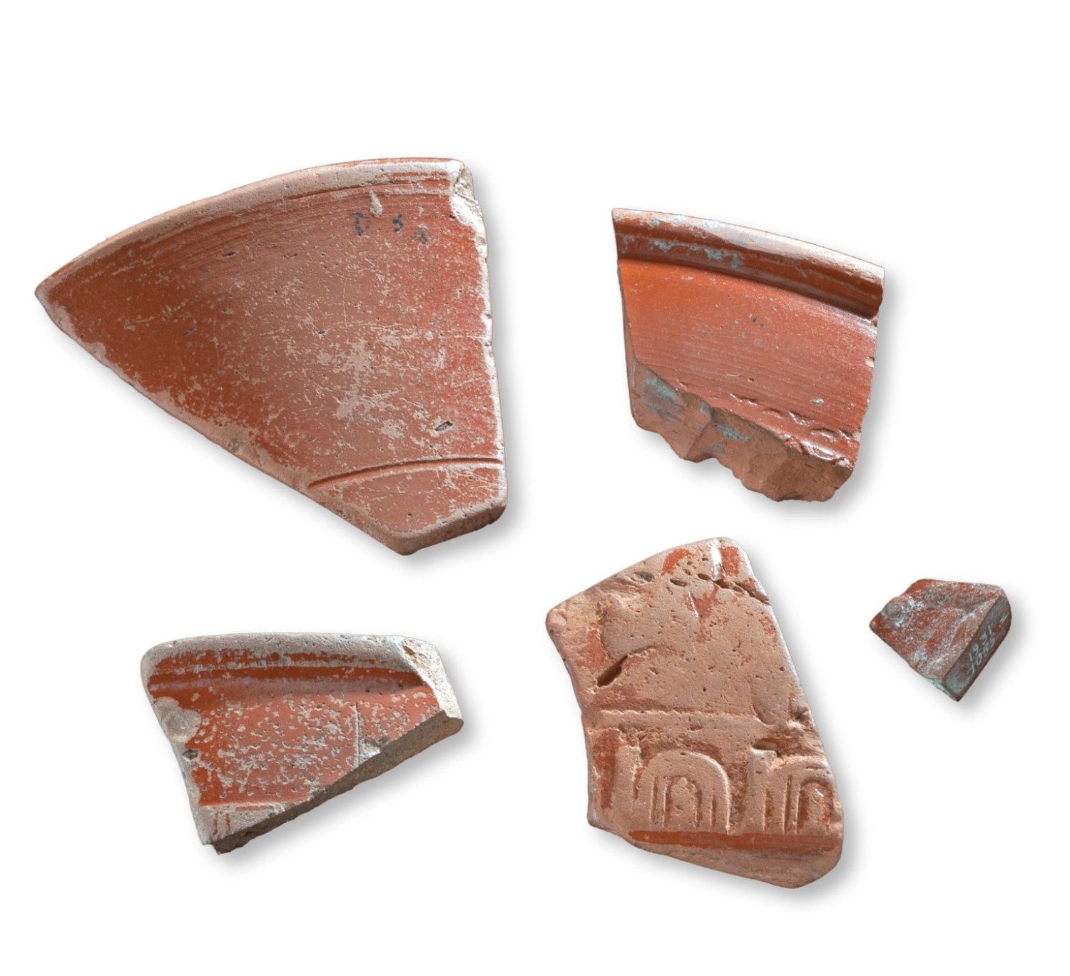 top Although the Sculptor's Cave lay far beyond the Roman frontier, Roman influence can still be seen at the site, including these fragments of Samian ware excavated by Benton.