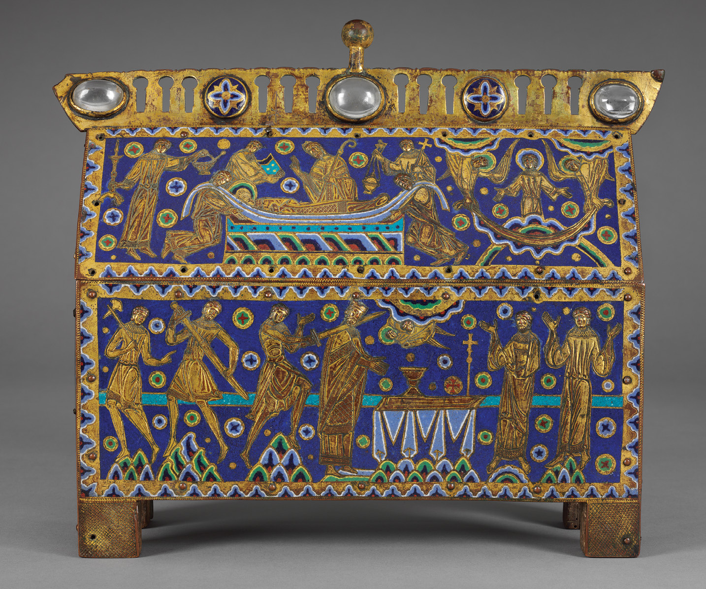 above The Becket Casket, c.1180-1190, depicts Becket in the act of celebrating Communion, thus reinforcing the sacrilegious nature of his martyrdom. It was made to house a precious relic perhaps a scrap of Becket's clothing and was one of hundreds manufactured in the Limoges enamel workshops, of which some 50 have survived.