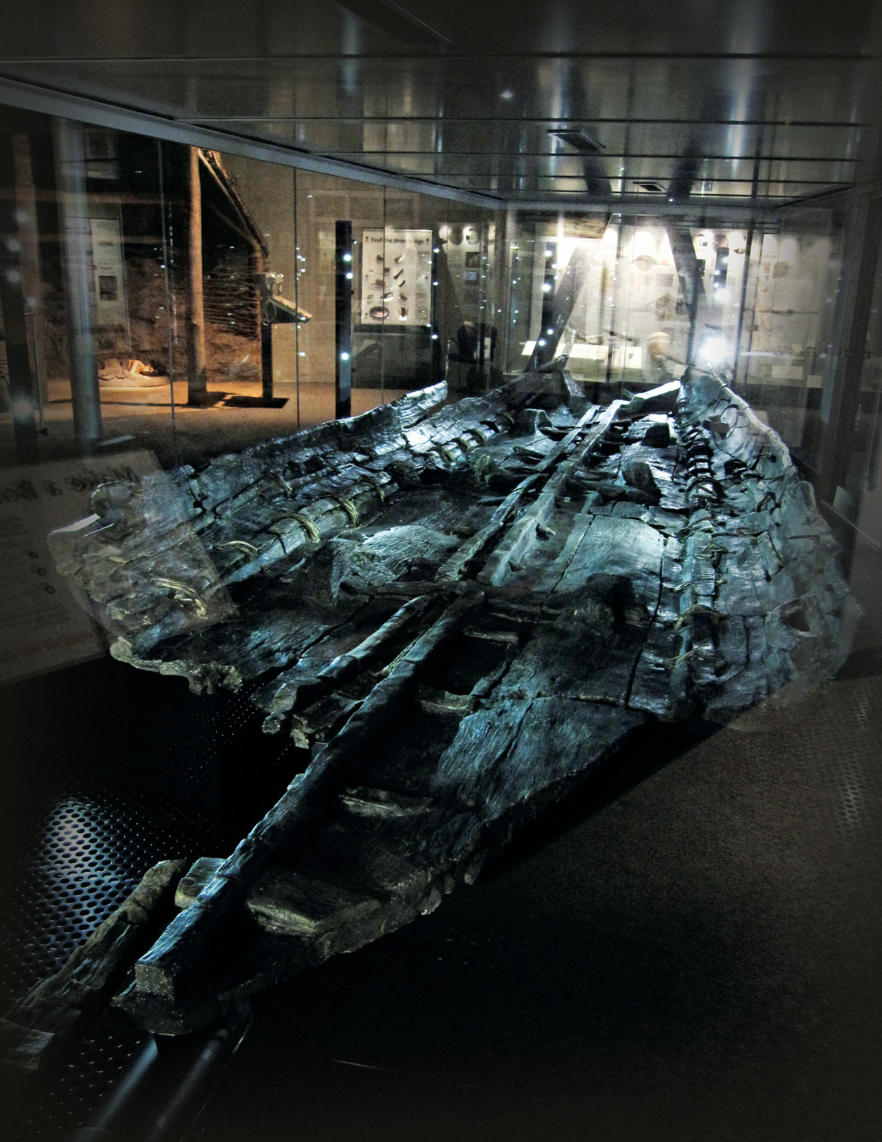 above Ten Bronze Age sewn boats have been found in England and Wales to-date; some, like Ferriby 1 and the Dover Boat (pictured), were clearly substantial vessels.