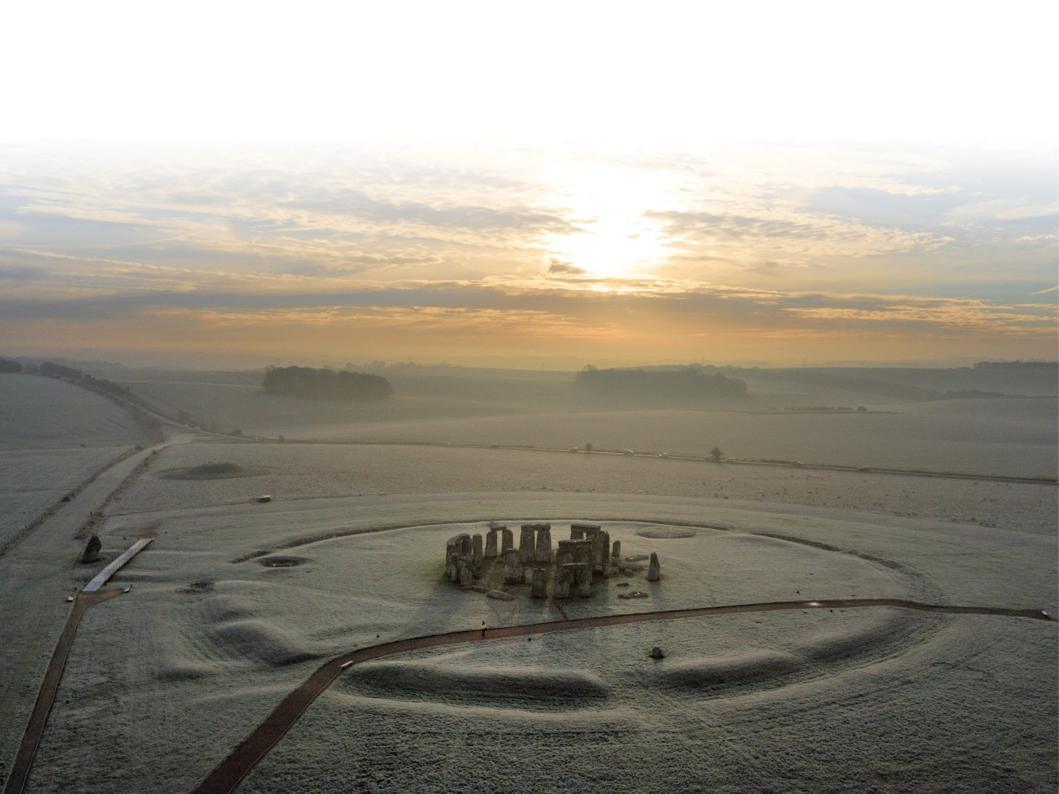 below Feasting evidence from Durrington Walls suggests that the Winter Solstice, not the Summer Solstice, was the main focus of communal celebrations in the area immediately around Stonehenge.