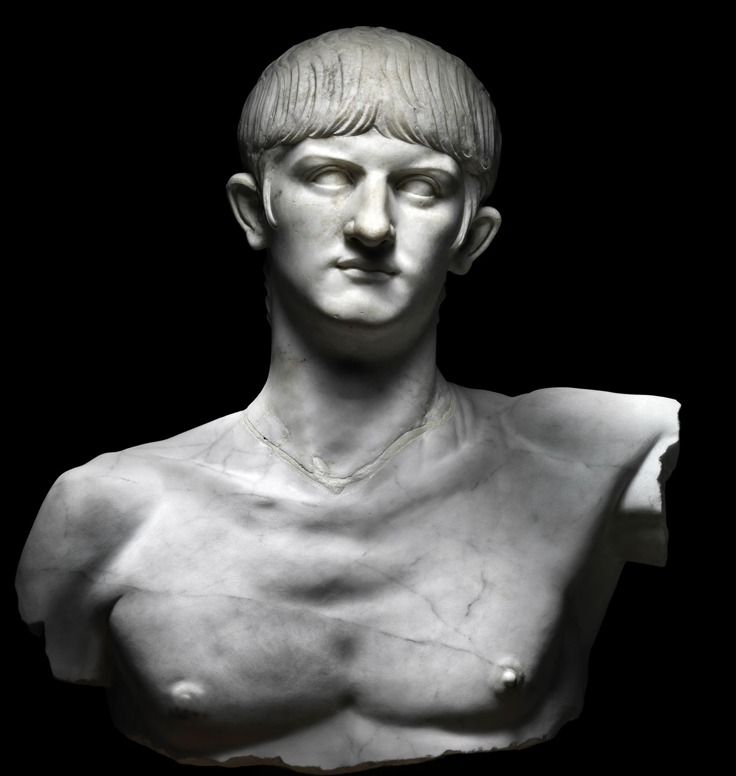 left Nero, in the form of a marble statue created within a few years of him becoming emperor in AD 54. His hairstyle differed from that of previous emperors, and according to the ancient authors so too did his general approach to the role. It is illuminating to compare and contrast their hostile accounts with objects created
