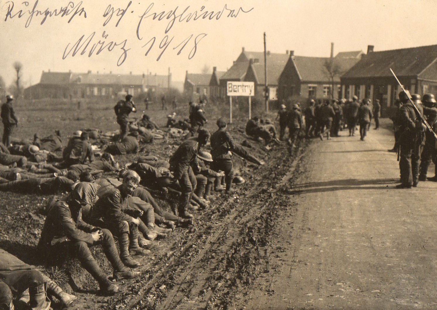 RIGHT These soldiers appear to have been taken prisoner in March 1918, when the Germans broke through British lines and made huge gains during the 'Ludendorff Offensive'. The great majority of prisoners were taken during the war of movement in either 1914 or 1918.