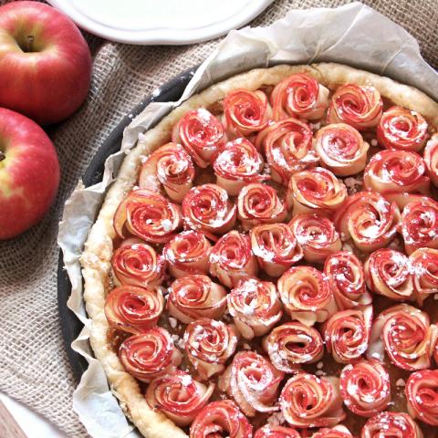 La tarte aux pommes façon bouquet de roses