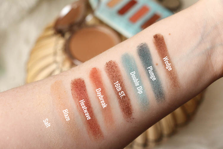 Swatch Beached Eyeshadows Palette