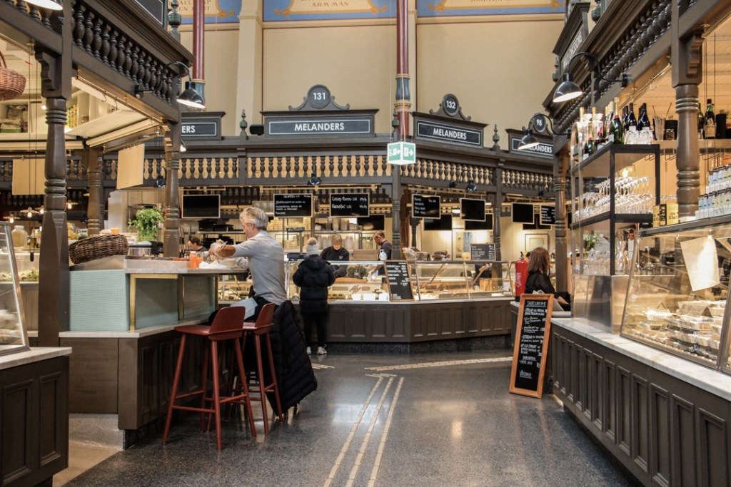 Saluhall marché alimentaire