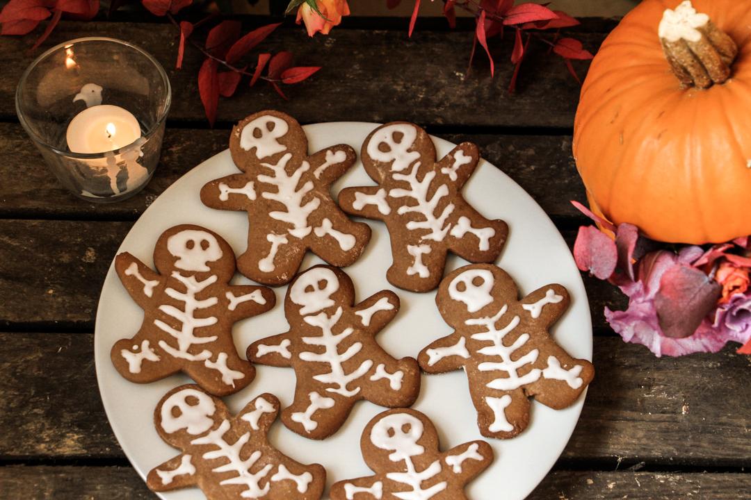 recette de biscuits squelettes halloween