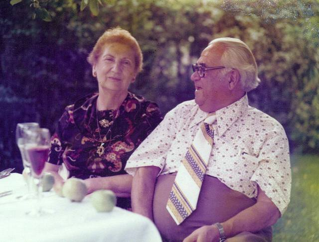 A photograph of Anna and Geneck as in older age.