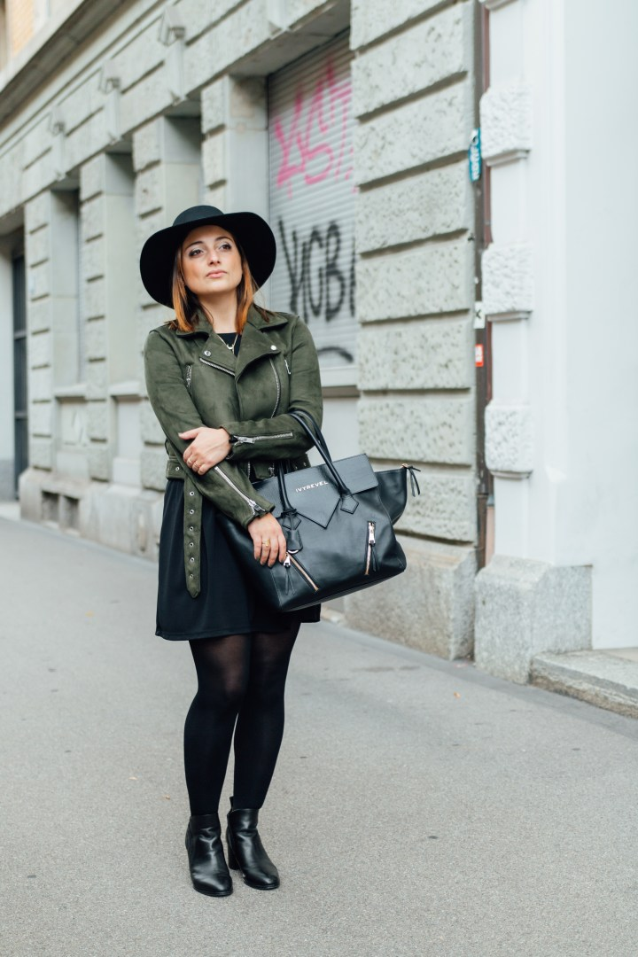 Zürich blogger with green jacket