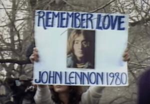 Man in the Mirrorに出てくるJohn Lennonの画像