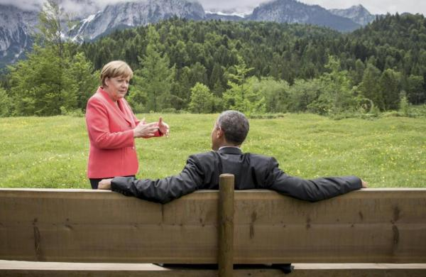 Obama and Merkel in discussion during the G7 top at Elmau castle in Germany (photo: REUTERS/Michael Kappeler/Pool)