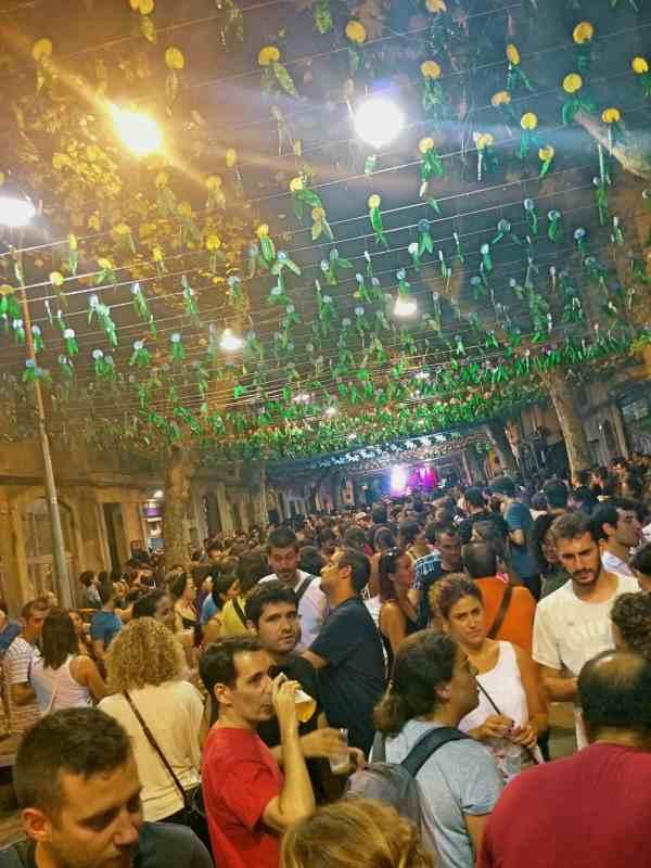 barcelona_sants_street_fiesta