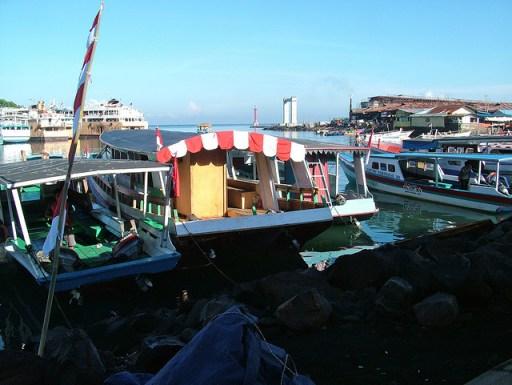 boat terminal bunaken