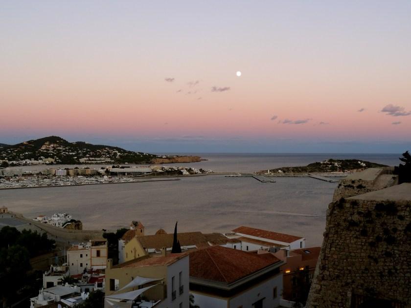 Ibiza pictures, Ibiza sunset, Ibiza moonrise, Ibiza blogs