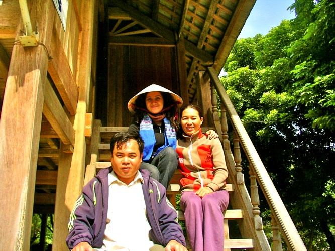 white thai tribe vietnam, northwest vietnam