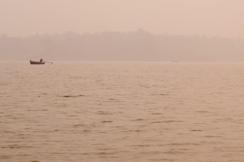 canoe safari, satpura madhya pradesh, national parks of india, denwa river