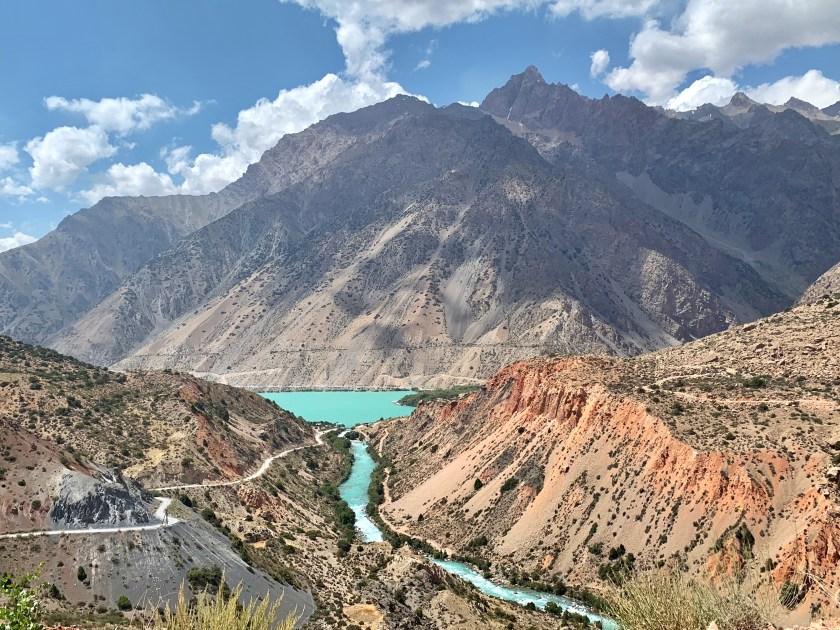iskanderkul lake tajikistan, tajikistan landscapes, visit tajikistan, tajikistan travel blogs