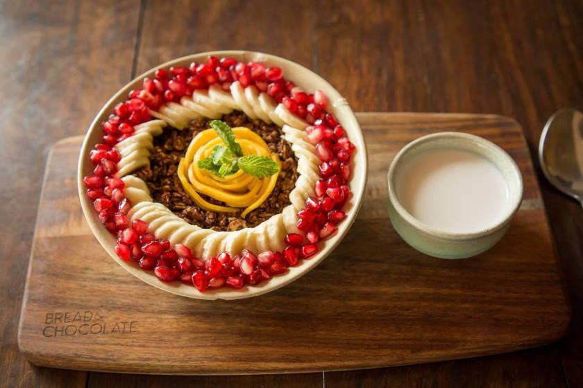 bread & chocolate auroville, best restaurants in auroville, cafes in auroville
