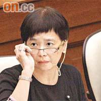 政情:D姐被質疑怕咗公僕 - 太陽報