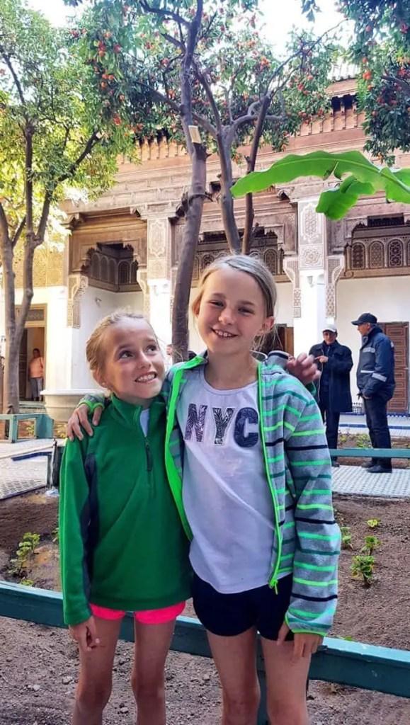 wizyta w Palacu Bahia jednej z atrakcji Marrakeszu