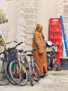 Moroccan man in jaliba - morocco travel tips
