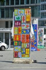"<h5>Free as a Bird</h5><p>Free as a Bird ©<a href=""http://www.james-rizzi.com/werkverzeichnis/skulpturen"" target=""_blank"" >James Rizzi/Art Licensing Inc. GmbH</a></p>"