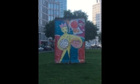 "<h5>Leipziger Platz</h5><p>Leipziger Platz 3 © <a href=""http://galerie-noir.de"" target=""_blank"" >Thierry Noir</a> <br>Datum der Aufnahme: unbekannt                                                                                                                                                                                                                                                                                                                                                                                                                                                                            </p>"