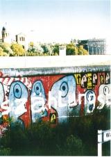 """<h5>Thanks Bundeswehr</h5><p>Das Reston-Segment an seinem Ursprungsort 1987 in der Waldemar Straße/Kreuzberg. © <a href=""""http://bundeswehr.de"""" target=""""_blank"""" >Bundeswehr</a></p>"""