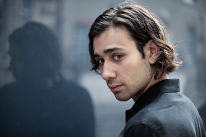 """The Lord Of The Rings"" Casts Maxim Baldry! 11"