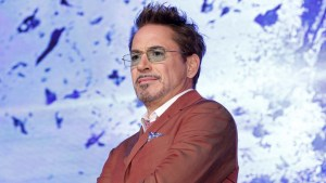 Robert Downey Jr. Passes On Oscar Opportunity! 11