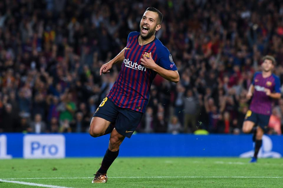 Barcelona set to offer new contract to Man United target