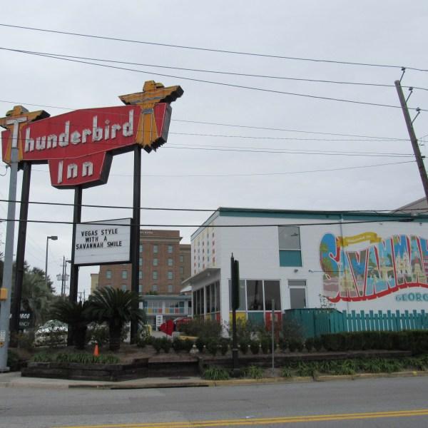 Thunderbird Inn