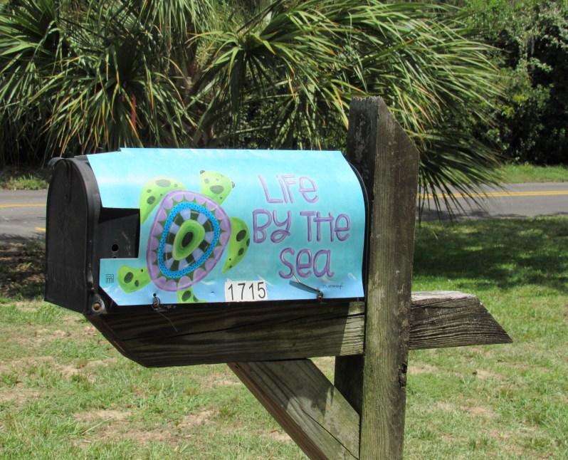 Coastal mailbox