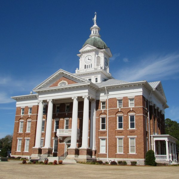 Jenkins County Courthouse