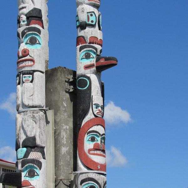 Kalama Totem Pole