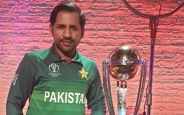 Pakistan skipper Sarfaraz Ahmed with World Cup trophy.