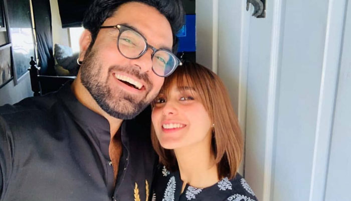 Yasir Hussain has proposed Iqra Aziz and she has said yes.