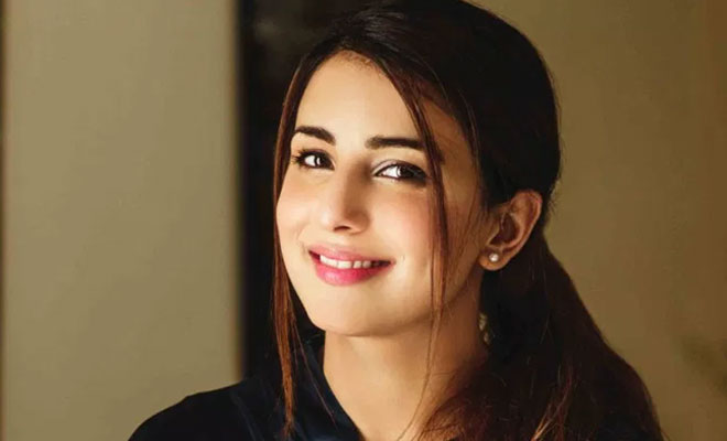 Uber launches UberX in Islamabad by offering a chance to drive with Ushna Shah.