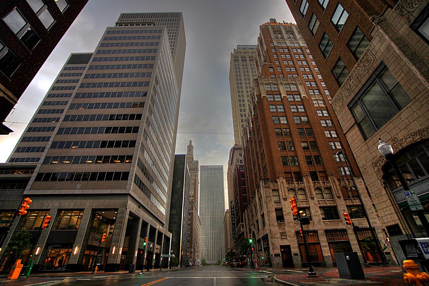cropped-downtown-tulsa3.jpg