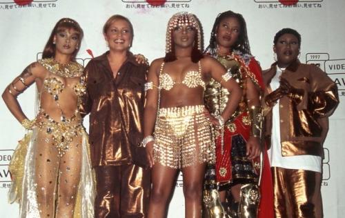 Ladies Night @ the 1997 VMAs