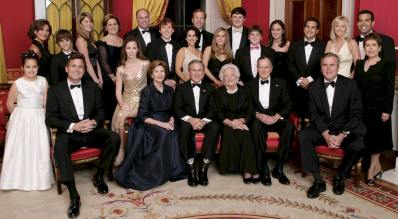 George_W__Bush_and_family
