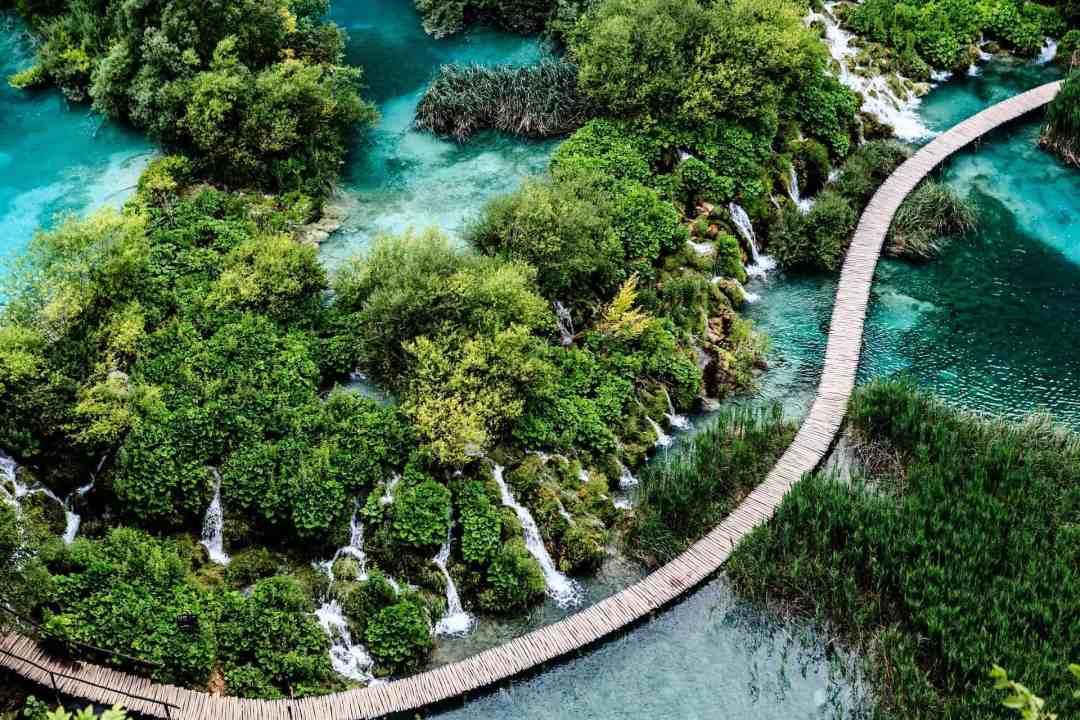 Plitvice Lakes National Park, things to do in Split Croatia, Croatia Travel Tips, Croatia Travel Guide, The Abundant Traveler,