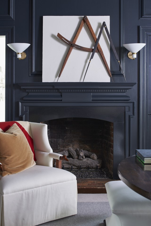 7 Expert Tips For Decorating A Dark Room