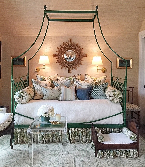 How to Decorate Small Spaces Like the Pros, #canopybeds, #grasscloth #daybeds , #showhouses #transitionalbedrooms