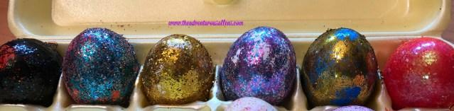 Six glittery Easter Eggs