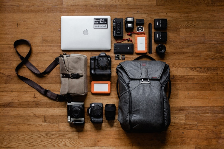 A set of electronics for travel